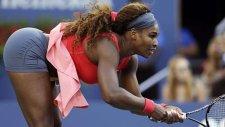 Serena Williams Dans Etmeyi Öğretiyor