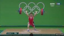 Çinli Sporcu Halil Mutlu'nun Rekorunu Kırdı