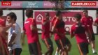 Galatasaray, Selçuk İnan ve Sabri Sarıoğlu'nu Gönderiyor