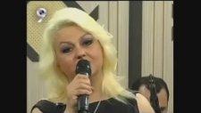 Ayşe Mumcu-Nasıl geçti habersiz