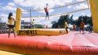 Futbol, Voleybol, Dans ve Eğlenceden Oluşan Muhteşem Bir Bossaball Spor