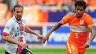 Beşiktaş'ın stoper transferinde pürüz çıktı