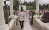 Düğünü Çekeyim Derken Aksiyon Filmi Çeken Kameraman