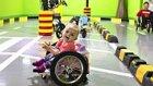 Felçli Kızlarına Kendi Elleriyle Tekerlekli Sandalye Yapan Aile