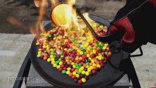 Draje Şekerlere Eritilmiş Bakır Dökülürse Ne Olur?