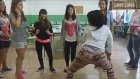 Sınıfta Toplu Halde Twerk Yapan Liseli Kızlar
