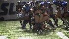 Kadınların Amerikan Futbol Maçında Saç Baş Yolmalı Kavga