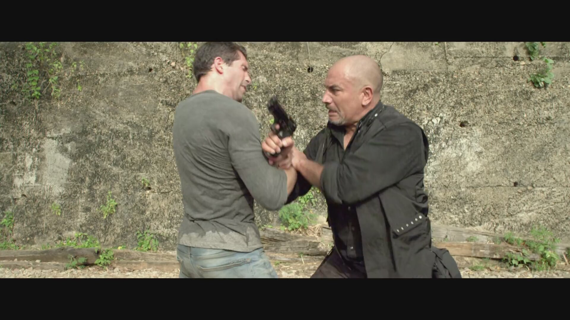 Hard Target 2 - Trailer - Own it 9 6