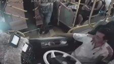 Halk Otobüsünde Rakı Parası Toplamak