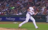 Beyzbol Topunu Artistlik Hareketle Tutmak