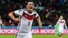 Mesut Özil attı, Almanya kazandı