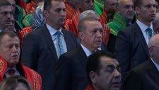 Yargıçların Erdoğan Salona Girince Ayağa Kalkması