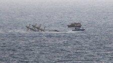 Antalya'da Tur Teknesi Battı