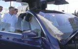 Kimsesiz Tesla Model X'in Başına Gelenler