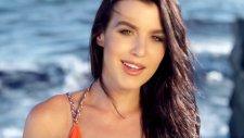 Komo ft. Clare Sophia - Let Me Love You