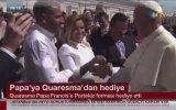 Quaresma'nın Papa'ya Forma Hediye Etmesi