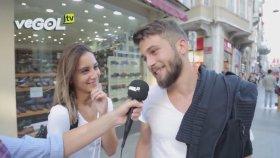 Sevgilisinin Gözü Önünde Önceliğinin Fenerbahçe Olduğunu Söyleyen Adam