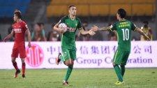 Burak Yılmaz attı, Beijing Guoan berabere kaldı