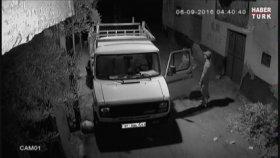 Kamyoneti Dans Ederek Çalan Hırsızlar (Adana)
