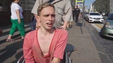 Rusya'da Bdsm Temalı Eşcinsel Eylemi