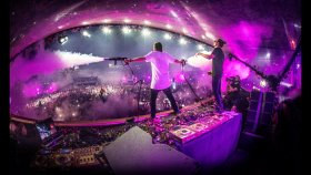 "Dimitri Vegas & Like Mike - Kroost 2016 ( Report ""Vier"" Belgian National TV )"