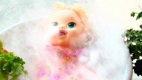Baby Alive Maya Bebek Kuru Buz Banyosu Yapıyor