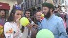 Taksim'de İnsanlara Helyum Gazı Çektirip Konuşturmak - Sosyal Deney