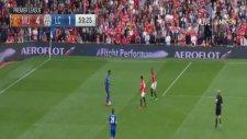 Demarai Gray'ın Manchester United'a attığı enfes gol