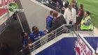 Drogba rakip takımın taraftarıyla tarıştı