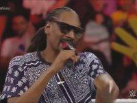 Snoop Dogg ve Hulk Hogan - WWE RAW