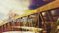 Yoi Carrera - La Foto [Lyric Video]