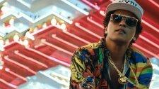 Bruno Mars - 24K Magic [Official Video]