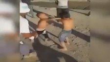 Küçük Çocukları Kavga Ettirip Vur, Vur Diye Tempo Tuttular