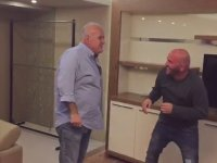 Ahmet Çakar'ın Güreşçi Serdar Topçu'nun Kulağını Isırması