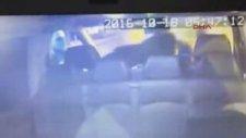 Araçta Sigara İçilmesine İzin Vermeyen Taksiciyi Dövmek