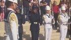Nöbet Değişiminde Havasını Atan Asker (Anıtkabir)