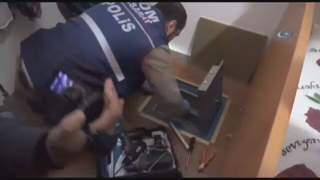 Fetullah Gülen'in sağ kolunun villasına operasyon