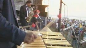 Lionel Hampton & His Orchestra - Hamp's Boogie Woogie