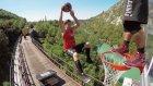 Tren Üzerinde Trambolin İle Basketbol Oynamak