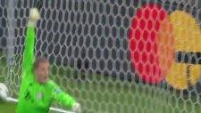 Santiago Arias'ın Bayern Münih'e attığı gol