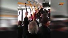 Belediye Otobüsünde İsyanını Dile Getiren Adam