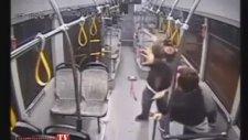 Halk Otobüsü Şoförüne Demir Çubuklu Saldırı