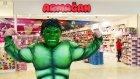Hulk Armağan Oyuncak Mağazasını Dağıtıyor - Oyuncak Abi