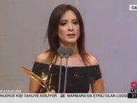 Nazlı Çelik'in Ödül Töreninde Duygulandıran Konuşması