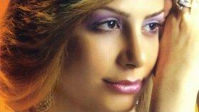 Yeliz Aral - Eli Al Kınalı