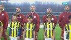 Galatasaray Maçı Seramonisinde 6-0 İşareti Çeken Fenerli Çocuklar