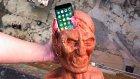 iPhone 7 Zombi Kafası İçerisinde Fırlatılırsa