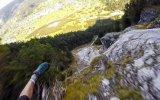 İsviçre Alpleri'nden Adrenalin Dolu Bir Atlayışa