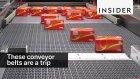 Ürünlerin Taşıcıyı Bantlar Üzerindeki Hipnotize Edici Görüntüsüyle Muhteşem Yolculuğu