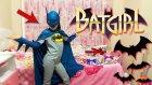 Melike Batman Kostümü İle Uçarak Odaya Gelirse Ne Olur? Çakma Batgirl :)